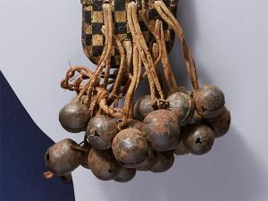 じゃがいもの形が馬の鈴に似ている事から馬鈴薯と命名された説もあります