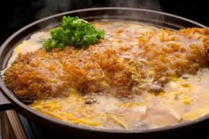 あまぜんでは、カツ鍋がこれまた凄く美味しいのです