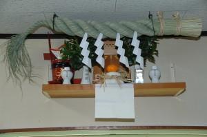 正月の神棚飾りは気持ちよく新年を迎えるため大事です
