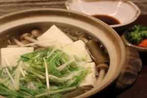 湯豆腐たれはダシと醤油を混ぜると美味しさが全然違う