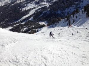 短期間でスキーが上達したいなら個人レッスンもある!