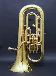 トロンボーンなしでチューバだけを使用する曲は珍しいです
