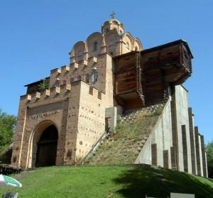 堂々たる壮大なキエフの大門が目に浮かぶ如き音楽です
