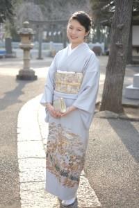 留袖と振袖は女性が着る中で最高の礼装となる着物です