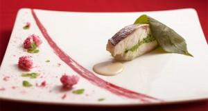 帝国ホテル大阪の各レストランでは桜祭りメニューご用意