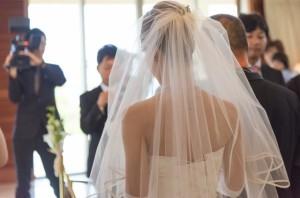 お彼岸は凶という考えから彼岸中の結婚式は避けるべき。