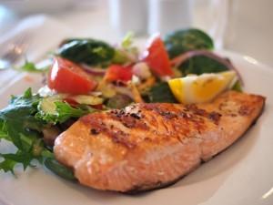 食費は学食をフル活用して自炊もすれば相当安上がり!