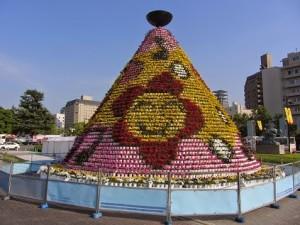 平和記念公園に設置される花の塔は絶対に必見ですよ!