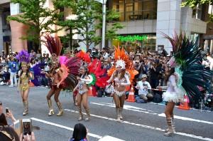 神戸まつりは市民参加型のお祭りで非常に活気があります