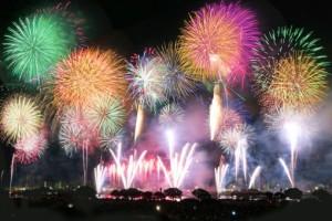 大曲花火の打ち上げ数は約15,000~20,000発